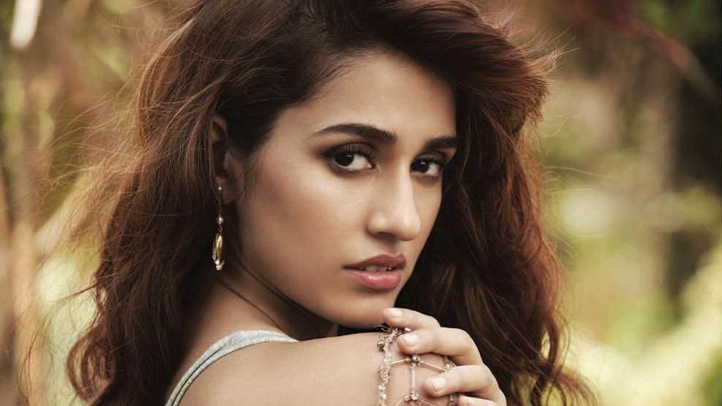 Gaya Seksi Disha Patani, Aktris India yang Jadi Model Lingerie Calvin Klein