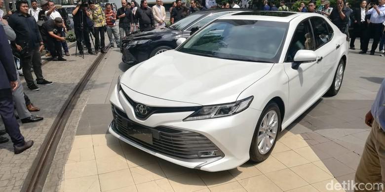 Toyota Camry Terbaru Meluncur di Indonesia. Foto: Rizki Pratama