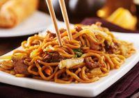 Makan Bareng Pacar, Polisi Ini Malah Berhasil Tangkap Buronan di Restoran
