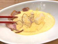 Bagaimana Rasa Mochi yang Kenyal Disiram Saus Carbonara yang Creamy?