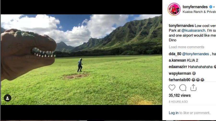 Bos Air Asia Tont Fernandes membuat postingan lucu di Instagram. Dia pura-pura dikejar dinosaurus di Hawaii (tonyfernandes/Instagram)