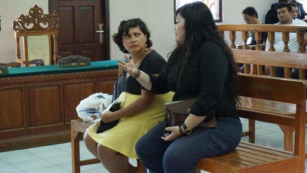 WN Inggris Tuntut Permintaan Maaf Staf Imigrasi Bali