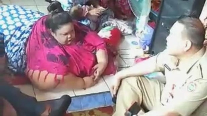Foto: Titi Wati dengan berat 350 kg (ist.)