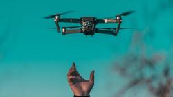 Pelajar Kamboja Kembangkan Drone Untuk Bawa Manusia