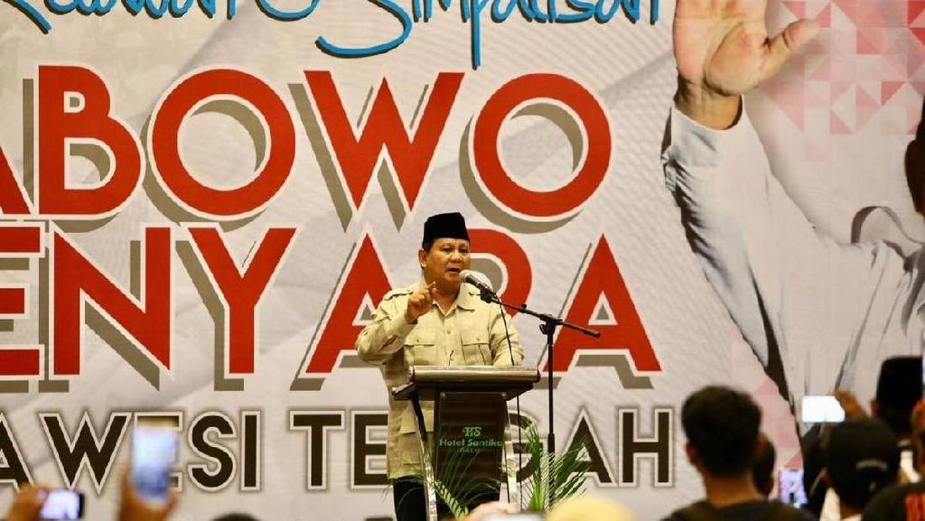 Tiba di Palu, Prabowo Temui Kader dan Simpatisan