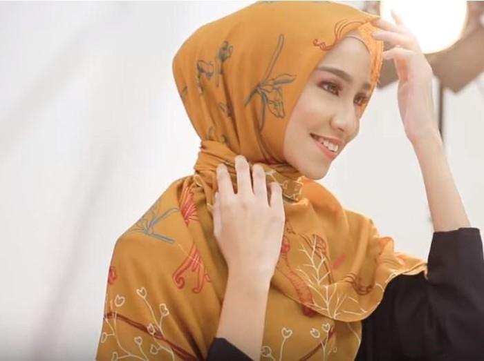 Tutorial Hijab Terbaru 2019. Foto: Youtube HIJUP