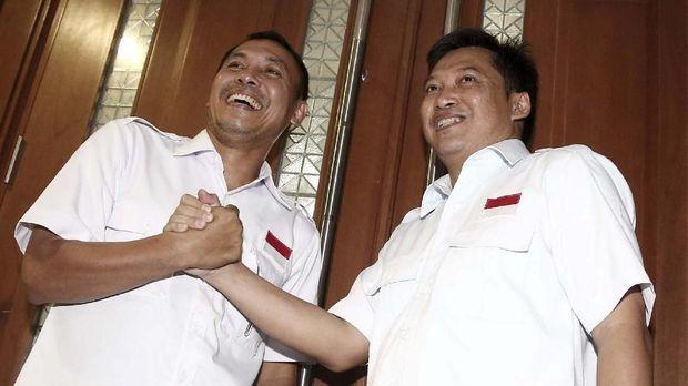 Dua pentolan tabloid Obor Rakyat yang juga narapidana kasus pencemaran nama baik Jokowi, yakni Setiyardi Budiono dan Darmawan Sepriyosa.