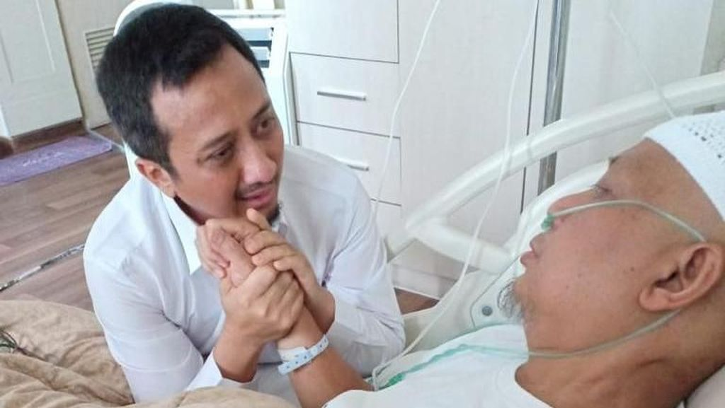 Kanker Dinyatakan Sembuh, Mengapa Ustad Arifin Ilham Jatuh Sakit Lagi?