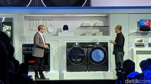 Kulkas Samsung Kian Pintar, Bisa Dekatkan Anggota Keluarga