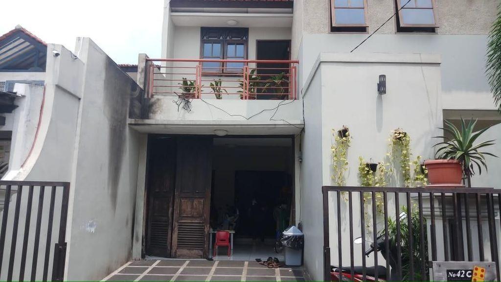 Rumah Wakil Ketua KPK Laode Syarif Dilempar Molotov