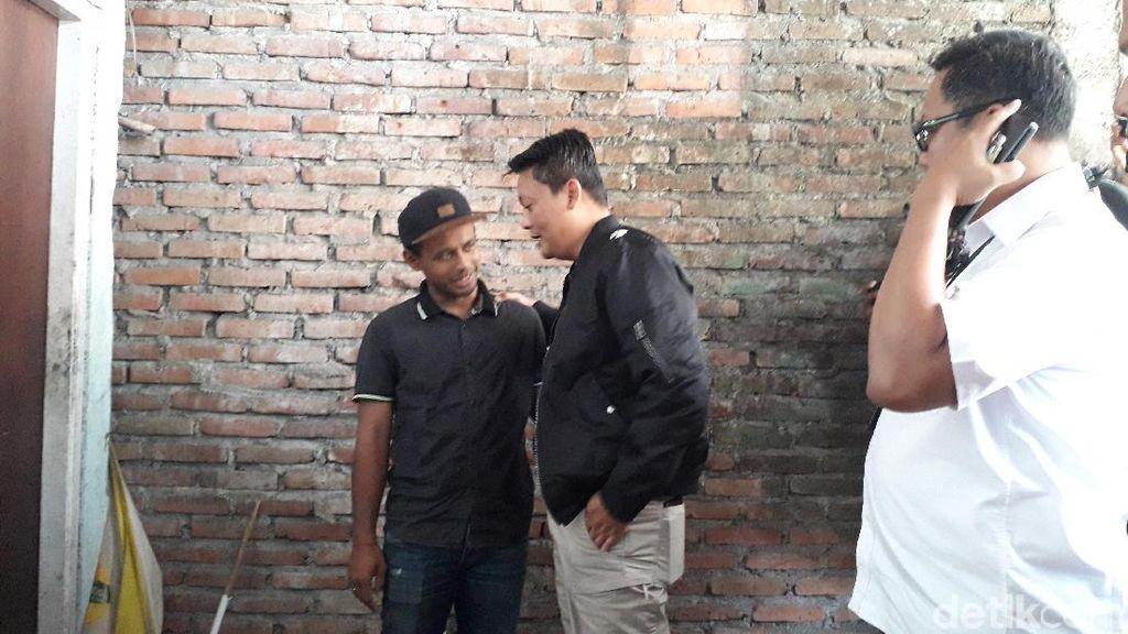 Satgas Anti Mafia Bola Jenguk Krisna Adi di Sleman