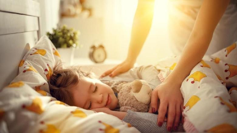 Tips Supaya Anak Mau Tidur di Kamarnya Sendiri/Foto: Istock