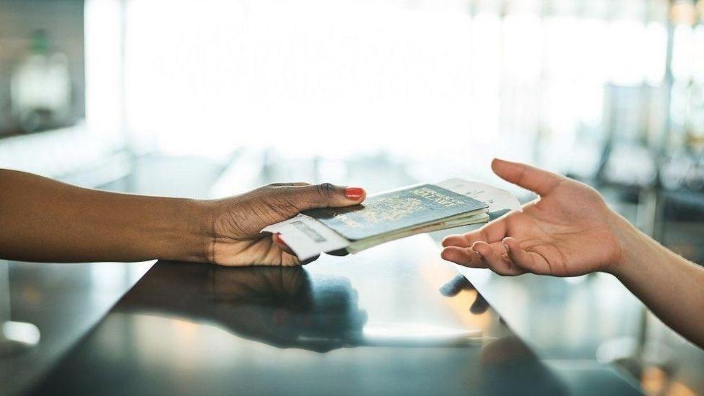 Ini Perbedaan Visa dan Paspor yang Wajib Kamu Ketahui
