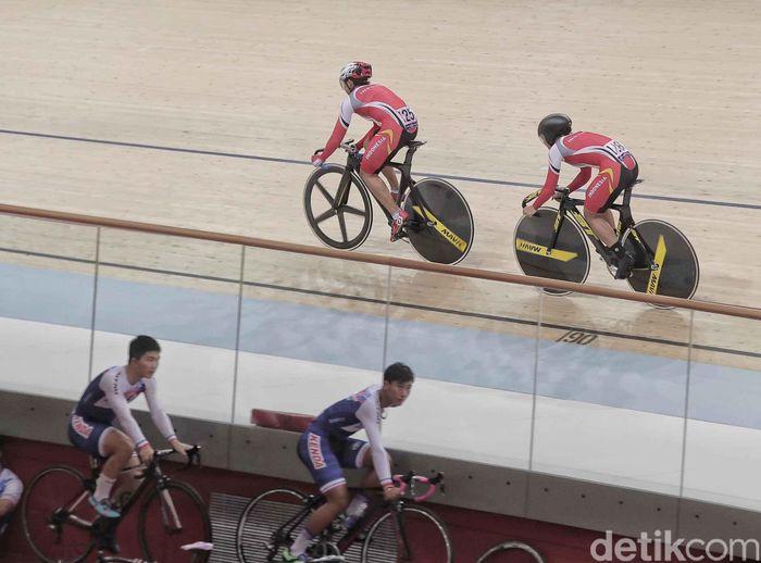 Berlangsung di Velodrome, Rawamangun, Rabu (9/1/2019), tim sprint putri, yang diperkuat Chrismonita Dwi Putri dan Wiji Lestari, mencatatkan waktu 35,424 detik.