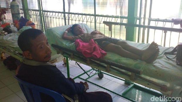 Pasien anak DBD yang harus dirawat di lorong RSUD dr R Soetijono Blora.