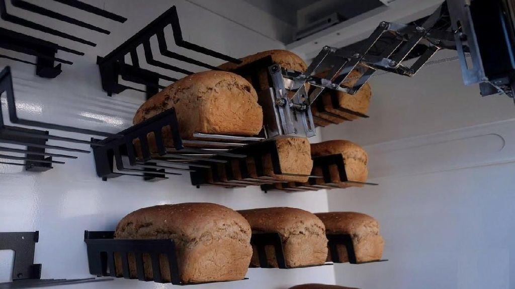 Canggih! Vending Machine Ini Buat Roti Otomatis Dalam Hitungan Menit