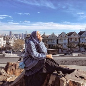 Gaya Cantik Laudya Cynthia Bella Jalan-Jalan Ke Jepang Hingga Amerika