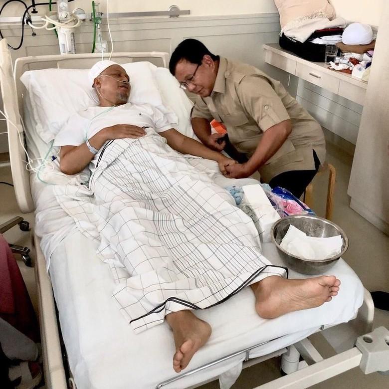Sempat Bercanda dengan Ustaz Arifin Ilham, Prabowo: Semangatnya Baik