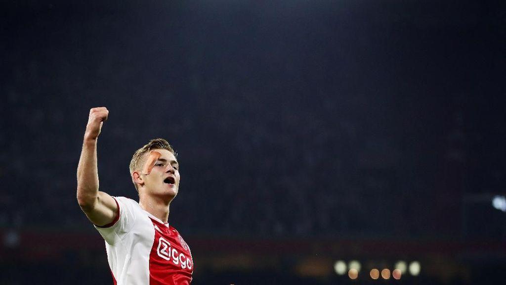 Salip Barcelona dan Juventus, PSG Segera Dapatkan De Ligt