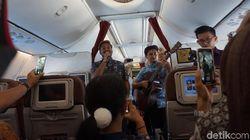 Seru! Garuda Indonesia Hadirkan Live Acoustic di Dalam Pesawat