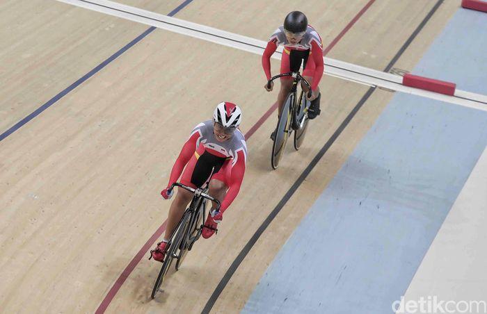 Sebelumnya, tim sprint Indonesia putri lolos ke babak final hari pertama Asian Track Cycling Championship (ACC) 2019.