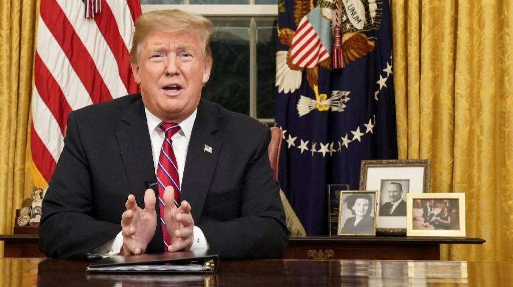 Kebingungan Trump yang Memicu Pembatalan Serangan ke Iran