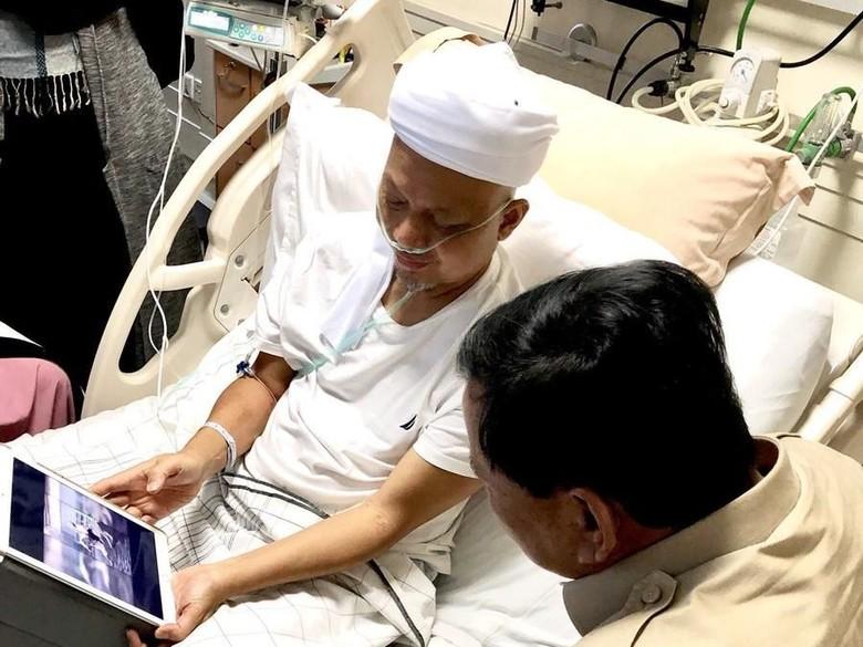 Ustad Arifin Ilham Boleh Keluar dari RS tapi Belum Boleh Pulang ke Indonesia