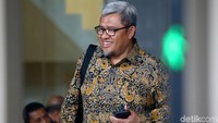 Mencuat Nama Aher saat Habib Rizieq Singgung Sowan ke Camat