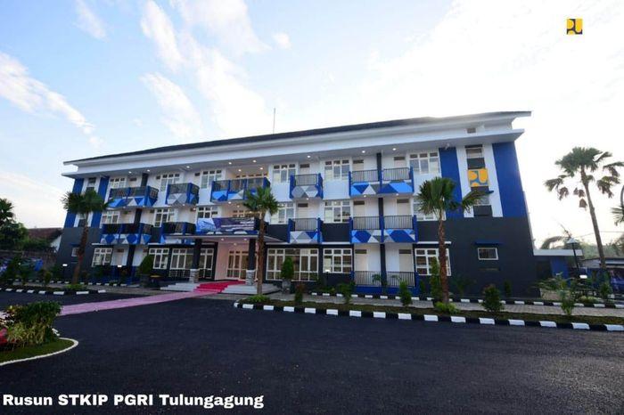 Sejak dicanangkan Presiden Joko Widodo pada 29 April 2015, secara bertahap capaian program ini terus meningkat yakni pada tahun 2015 sebanyak 699.770 unit, tahun 2016 sebanyak 805.169 unit dan tahun 2017 sebanyak 904.758 unit. Istimewa/Kementerian PUPR.