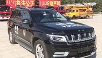 Tak hanya BAIC BJ80 yang dijiplak oleh China, BAIC BJ90 pun merupakan hasil jiplakan dari Jeep Grand Cherokee. Mobil ini menawarkan dua pilihan mesin, 3.0-liter twin-turbo V6 dengan 333 hp dan 4.0-twin twin-turbo V8 dengan 421 hp. Bahkan sistem transmisi otomatis 7 percepatan dan 4Matic otomatis dibuatkan langsung oleh Mercedes-Benz. Pool/Istimewa.