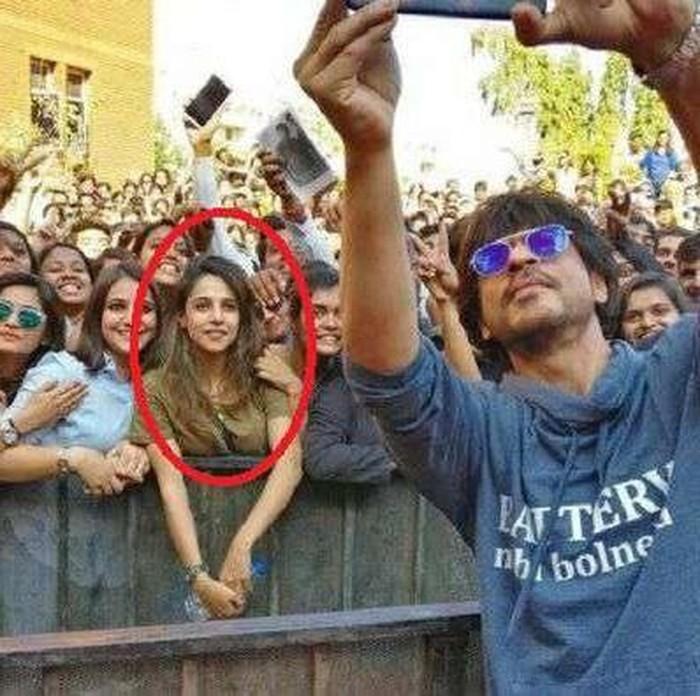 gadis India jadi viral karena foto selfie shahrukh khan