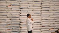 Jokowi Sebut Harga Beras Turun, Tapi Baru Rp 50/Kg