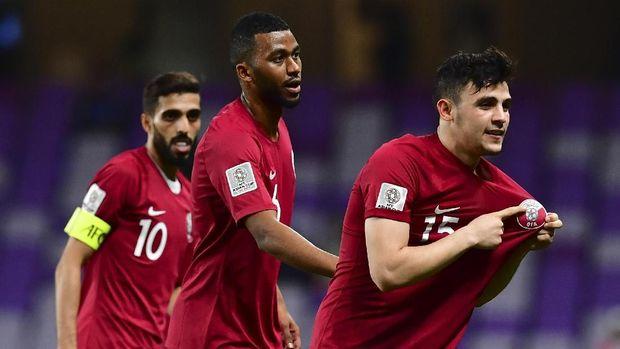 Qatar yang merupakan kuda hitam di Piala Asia 2019 lolos ke 16 besar sebagai juara grup.