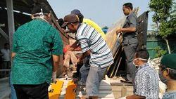 Dua Pekerja di Tulungagung Tertimpa Marmer, Satu Tewas