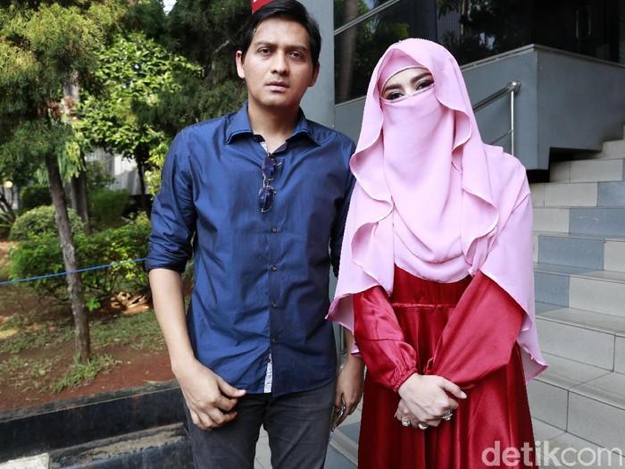 Tiara Dewi Bercadar. Foto: Ismail/detikFoto