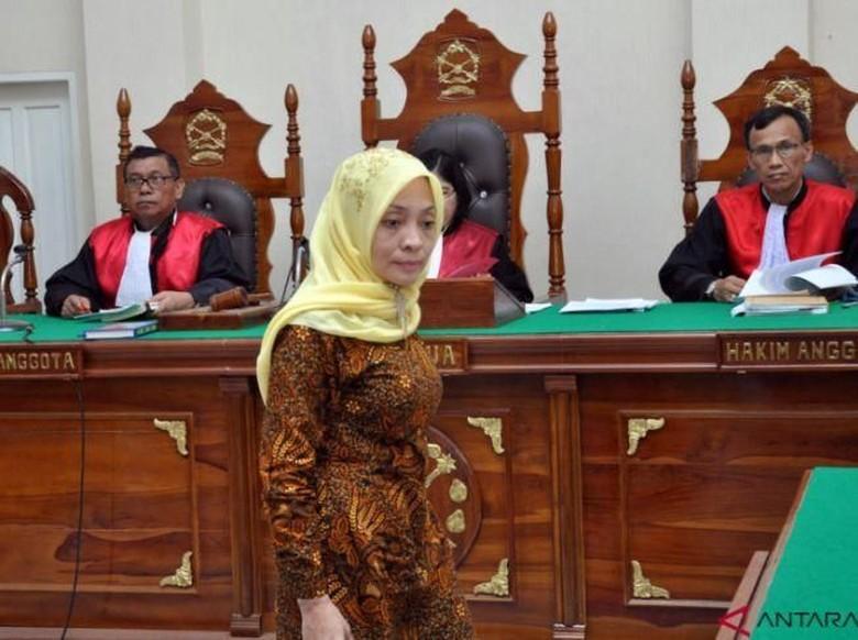 Jejak Dosen Pembuat Hoaks Bom Surabaya Pengalihan Isu Lolos dari Penjara