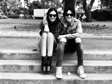 Gimana menurut Bunda, pose Marsha dan Vino yang satu ini tetap keren? (Foto: Instagram/ @marshatimothy)