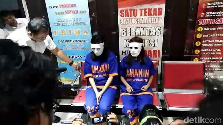 Amankan 2 Muncikari Prostitusi Artis, Polisi Juga Buru 2 yang Lain