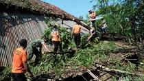 Hujan Disertai Angin Kencang Terjang Magetan, Empat Rumah Roboh