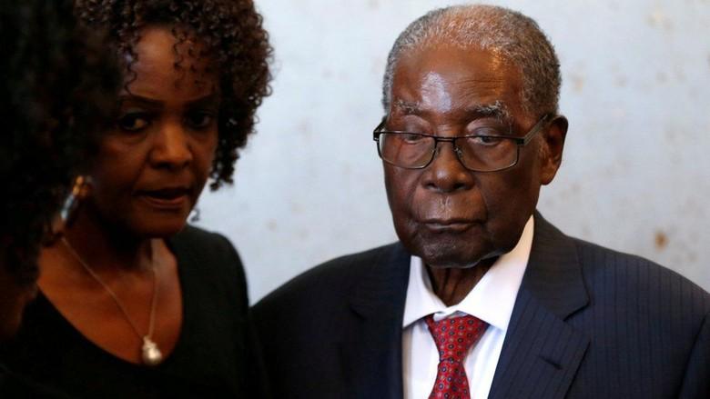 Koper Berisi Uang Rp 2,1 M Dicuri dari Mantan Presiden Zimbabwe