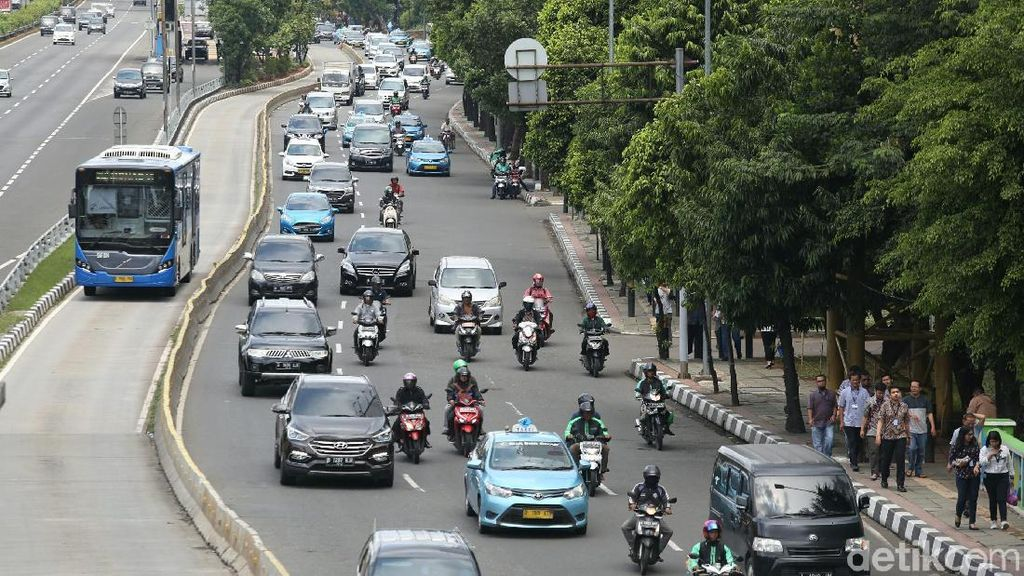 Ada DP Kendaraan 0%, Jakarta Makin Super Duper Macet?