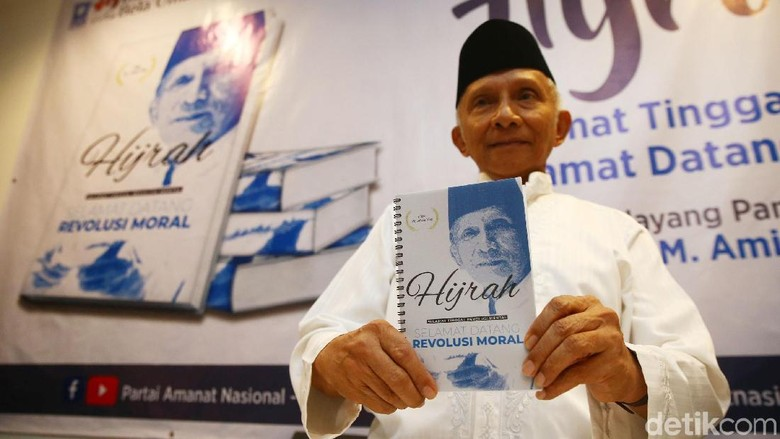 Buat Buku Revolusi Moral, Amien Rais Ingin Akhiri Revolusi Mental Jokowi