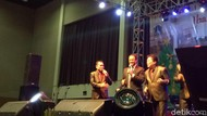 Hadiri Natal Bersama Pemprov DKI, Anies Diajak Nyanyi Lagu John Denver