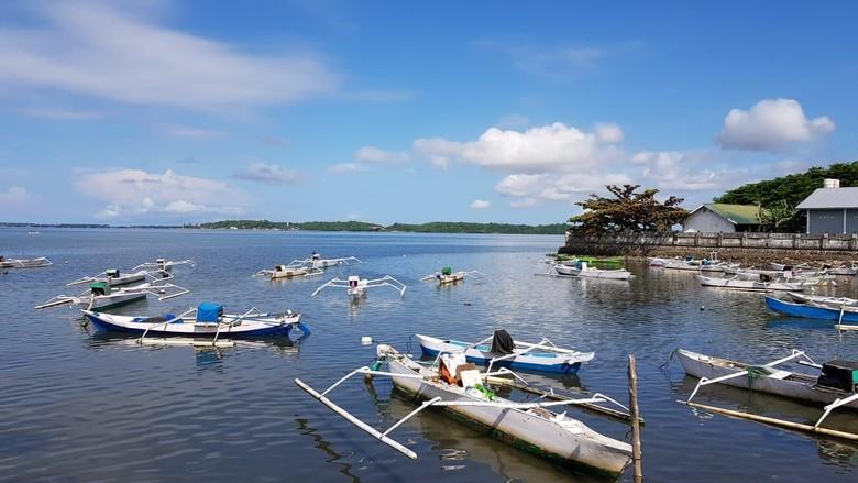 Pertamina Sebut Telah Tuntas Bersihkan Solar di Perairan Parepare