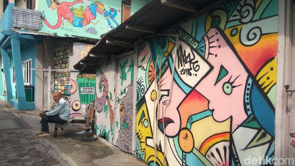 Potret Desa Kumuh di Aceh yang Kini Penuh Mural