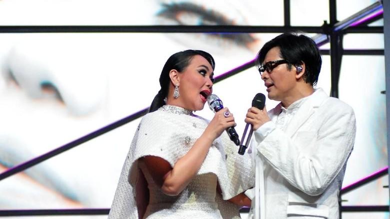 Dewi Gita dan Armand Maulana (Foto: Noel / detikHOT)