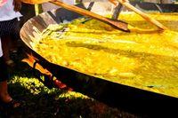 Festival Makan Kaki Katak hingga Buaya, Ini 5 Festival Kuliner Aneh Dunia