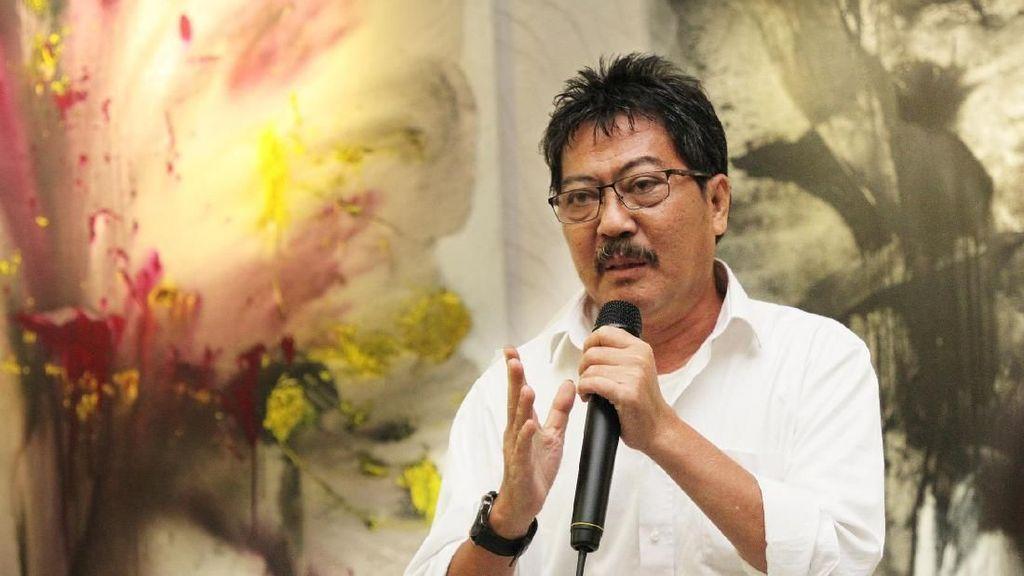 38 Karya Abstrak Seniman Baron Basuning Digelar di Jakarta