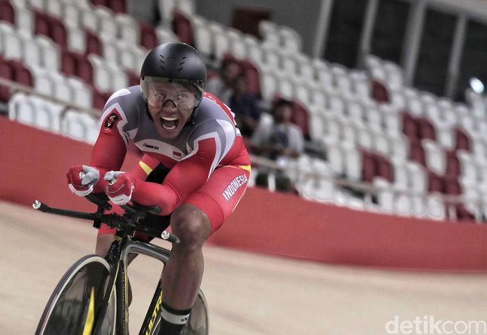 Pebalap sepeda Indonesia, Terry Kusuma turut ambil baigan di kategori men elite 1 km. Namun sayang, usaha keras Terry Kusuma tidak membuahkan medali karena berada di posisi 4 dengan catatan waktu 1:03.803.
