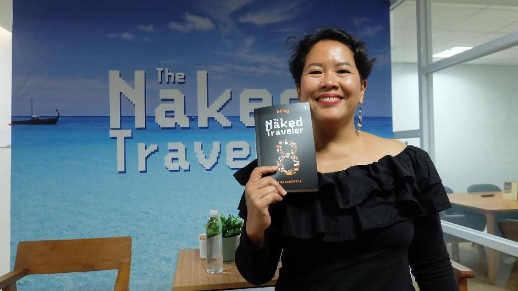 Cerita Lucu Trinity Penulis The Naked Traveler di Iran